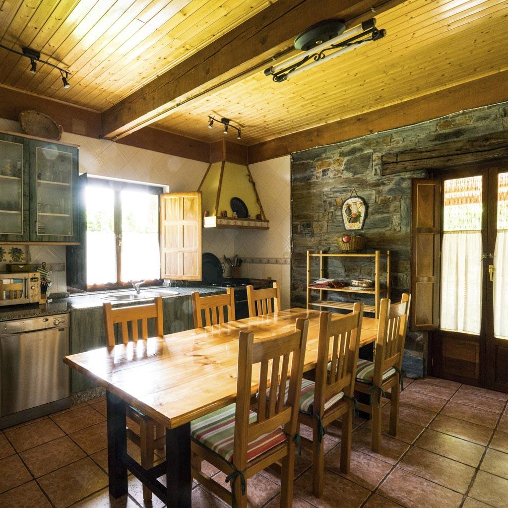 Casa Rural El salgueiro Burbia interior 1